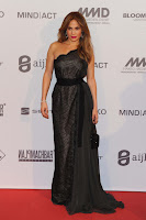 Jennifer Lopez stunning at 2012 UNESCO Charity Gala