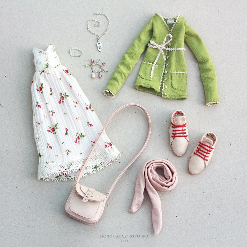 Миниатюрная одежда для куклы