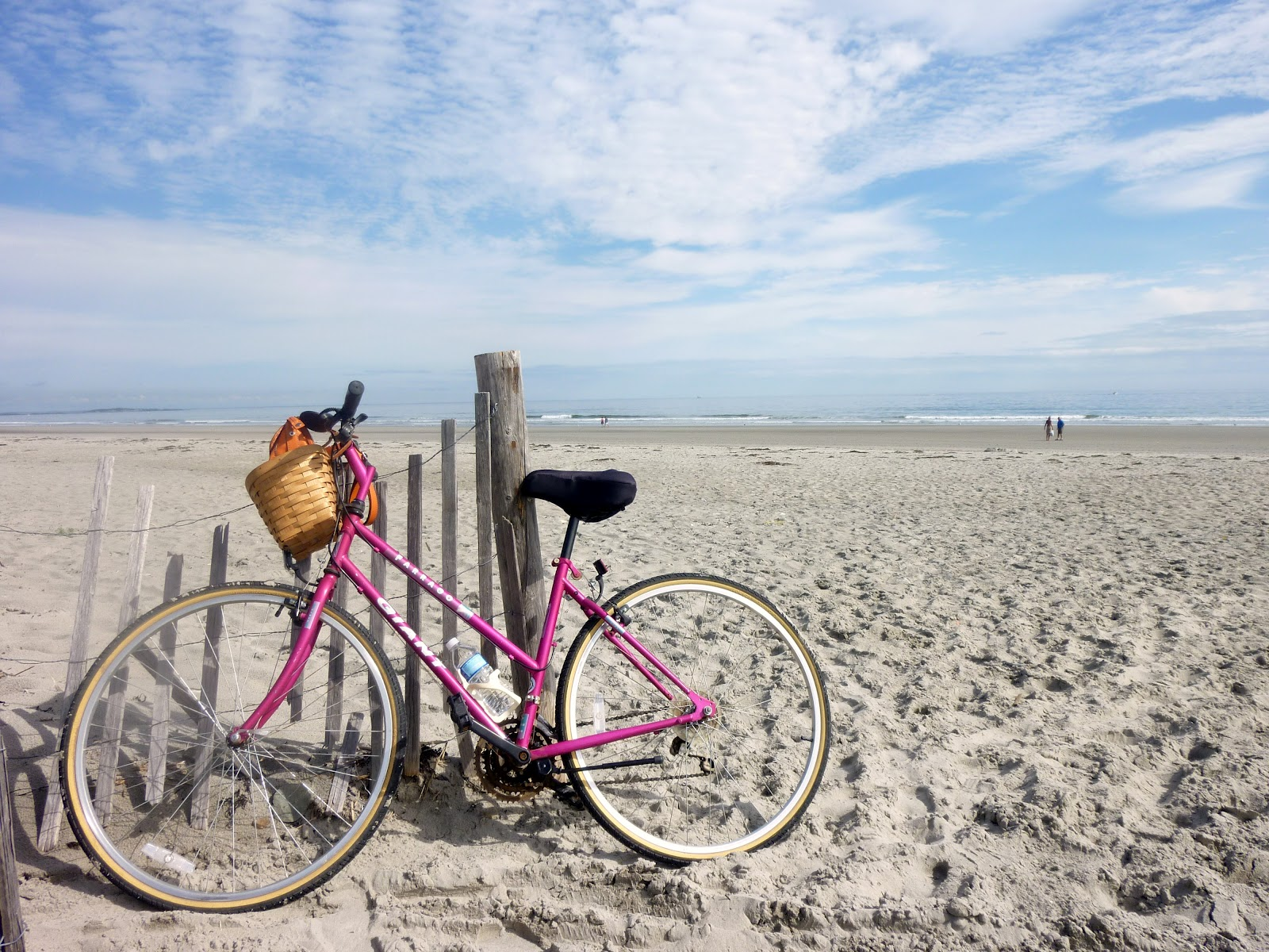 Eric and Beth's Travel Blog: Nantasket Beach in Hull ...