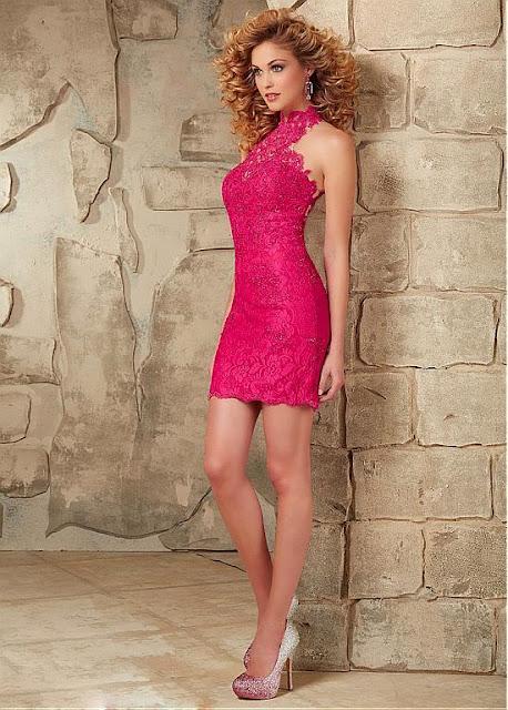 abito in pizzo rosa