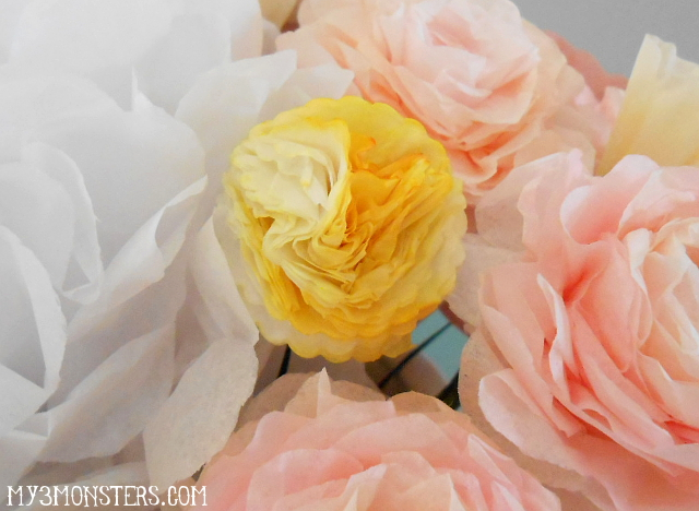 How to Make Life-Like Paper Flowers at my3monsters.com