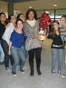 Hoy a la mañana, los alumnos de 5º 2ª sortearon un huevo de Pascuas gigante pascuas