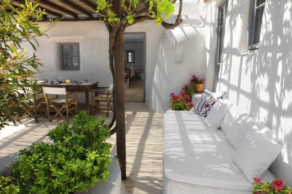 charming apartment in mykonos