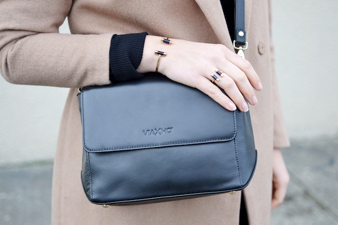 Le Chateau Louise Labrecque handbag Vancouver blogger crossbody winter style Michael Kors