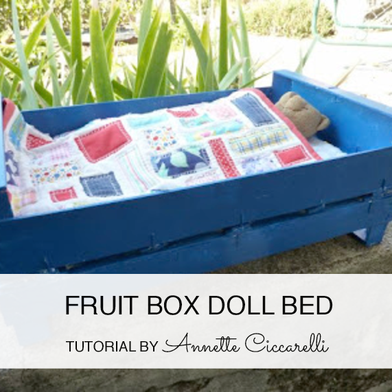 http://myrosevalley.blogspot.ch/2010/09/fruit-box-doll-bed.html