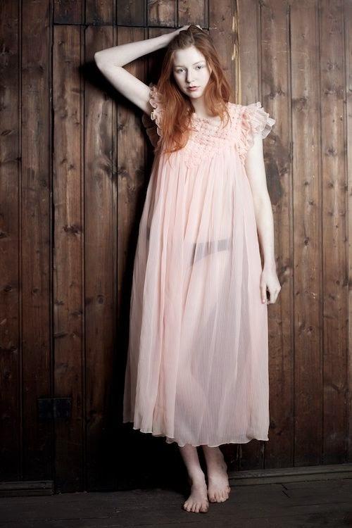 Lisa Lindoe fotografia mulheres lindas pele clara modelos noruguesas