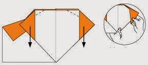 Bước 7: Gấp hai góc tờ giấy xuống dưới để tạo tai chó.