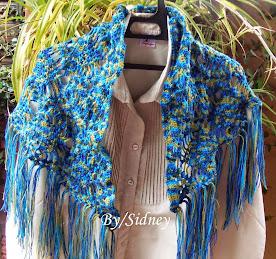 Xale azul de crochet
