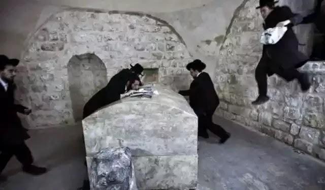 Yahudi Cuba Rebut Makam Nabi Yusuf