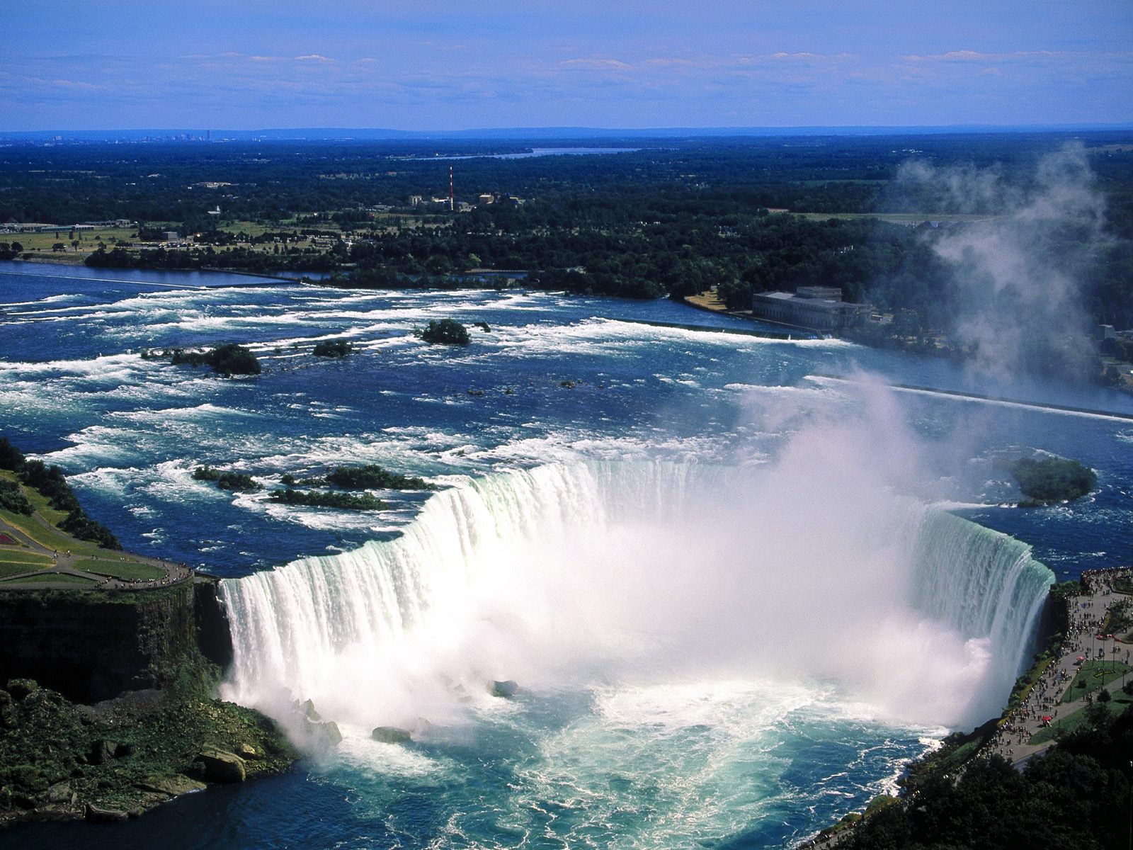 http://4.bp.blogspot.com/-qIegvJtLuuw/TdKEwSOAdcI/AAAAAAAACUw/bJsOWQNj1nM/s1600/nature-wallpaper-aerial-view-of-niagara-falls-ontario-canada.jpg