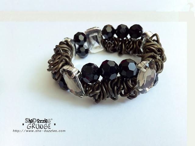 ar265-grunge-charm-bracelet