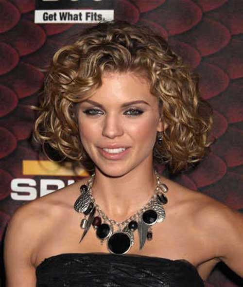 Famous Short Curly Haircuts For Round Faces