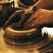 Seja o vaso e deixe Deus ser o oleiro.