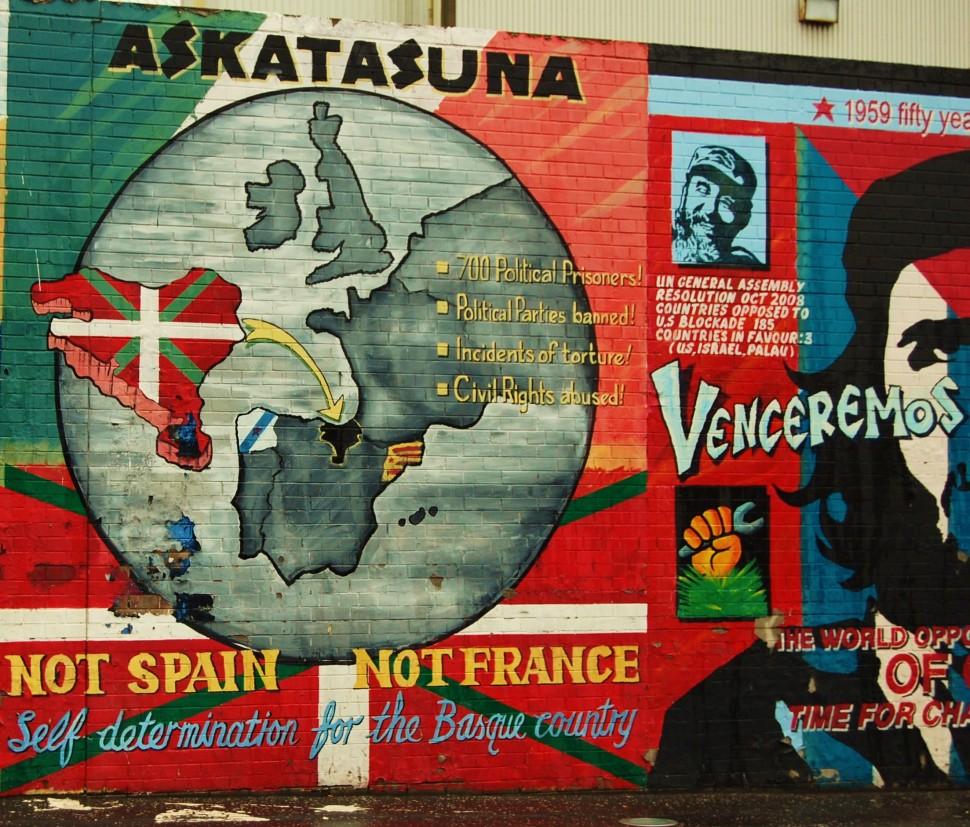 murals paintings - belfast murals - ira murals belfast