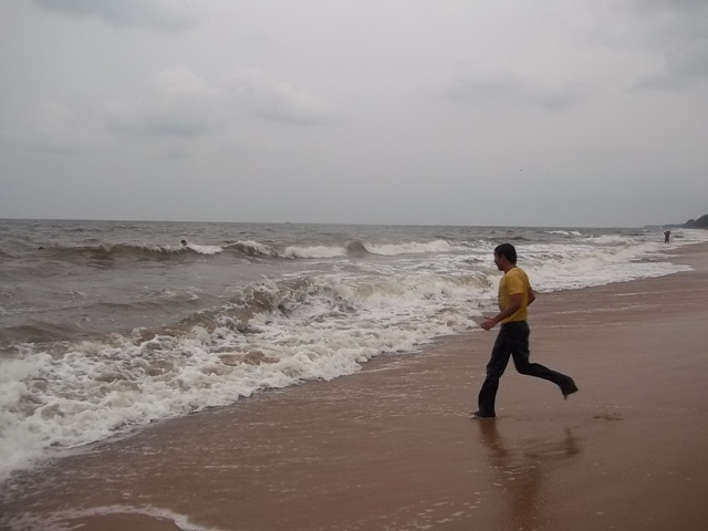 15 km long cherai beach