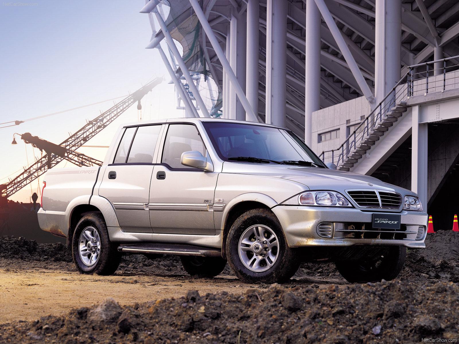 Hình ảnh xe ô tô SsangYong Musso Sports 2005 & nội ngoại thất