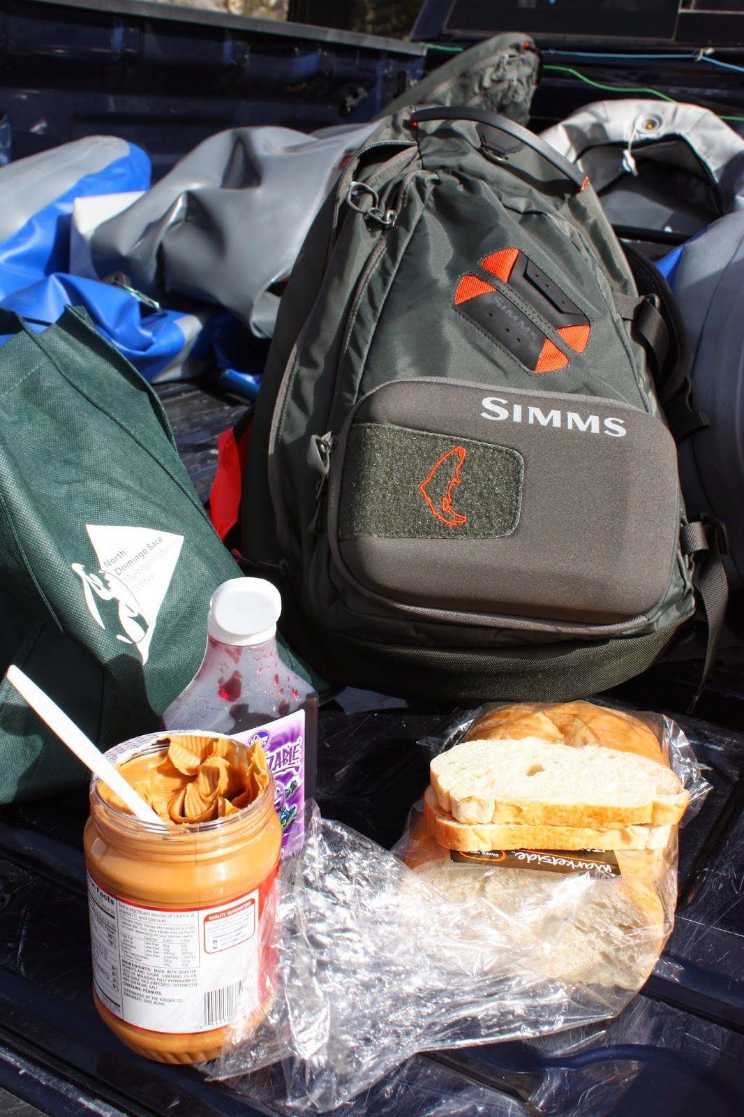 Simms Headwaters Sling Pack: Peanut butter jelly time