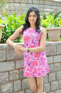 Adah Sharma in Flower PRint Pink Short Gown at Garam Movie Press Meet
