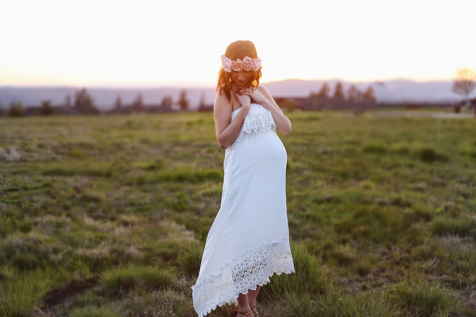 portland oregon maternity session, spotted:stills photography, baby, studio, natural light, jenn pacurar, floral crown, portland sunset