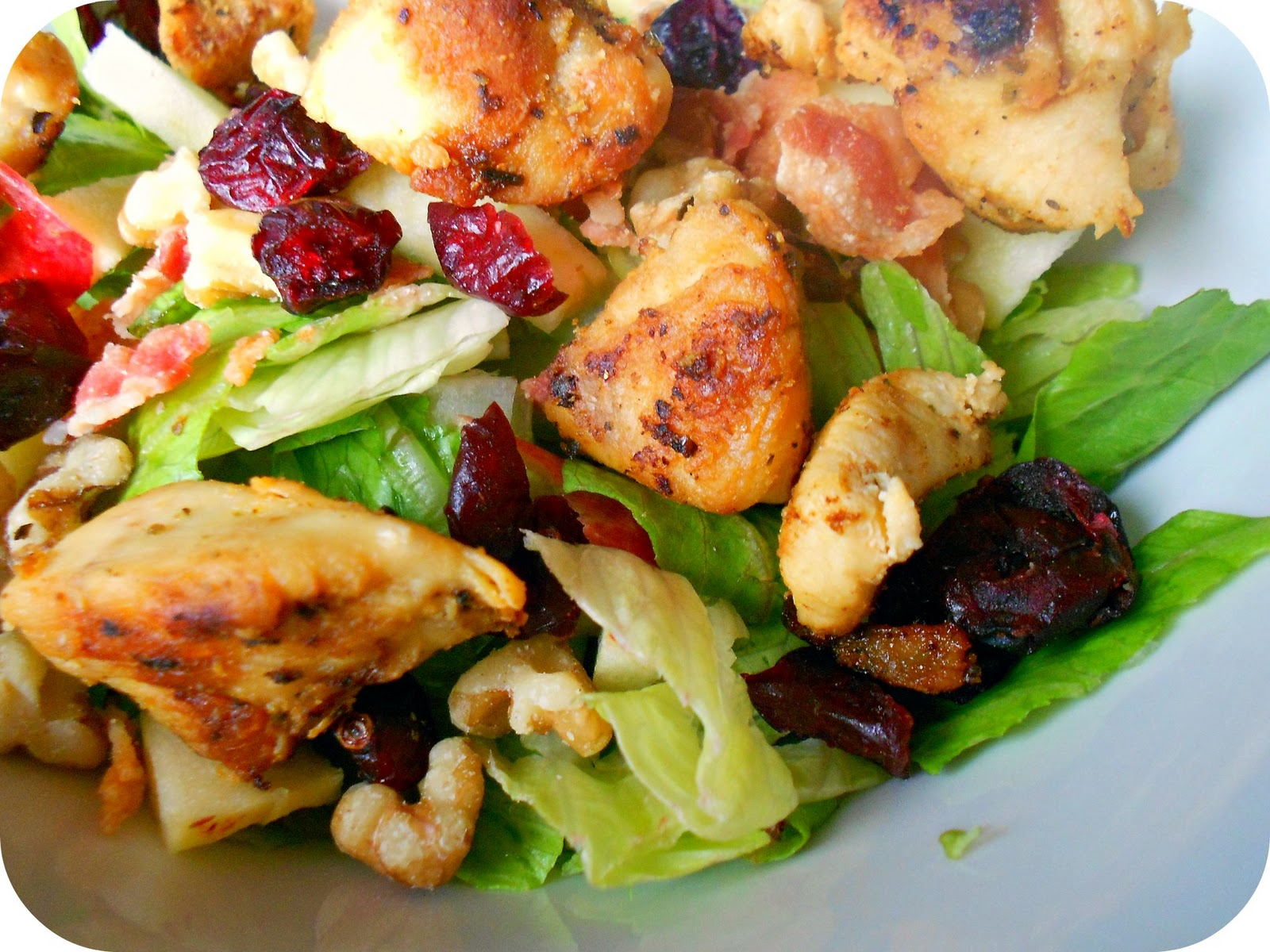 Chicken and Bacon Autumn Chopped Salad Recipe / Six Sisters' Stuff ...