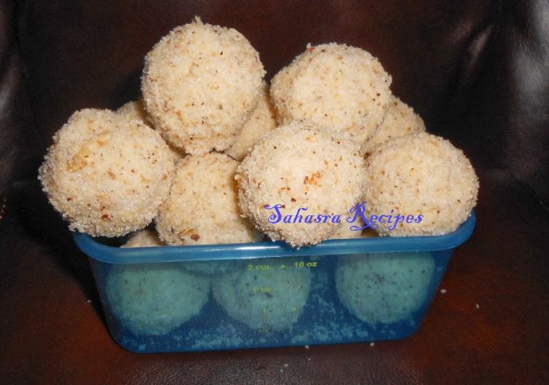 Sahasra Recipes: Fresh Coconut Rava Laddu / Pachi Kobbari Rava Ladoo
