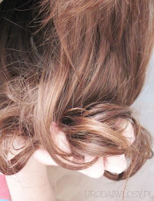 ugniatanie włosów