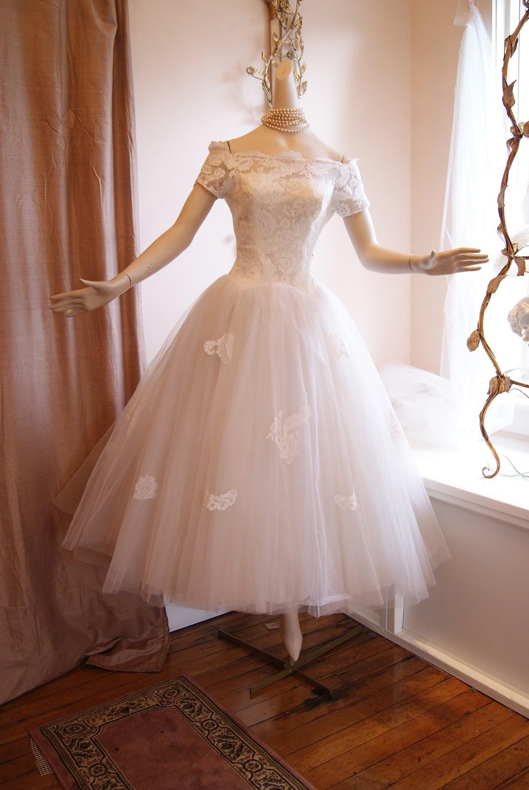 Xtabay vintage clothing boutique portland oregon for Funny face wedding dress