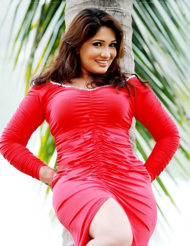Piumi Botheju - Sri Lankan Cute Girls