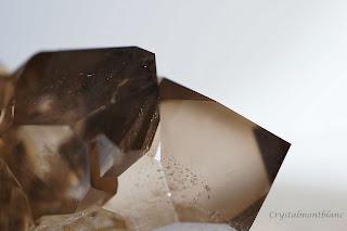 détail d'une pointe de quartz , cristal du Mont-Blanc