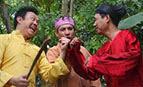 Hài Tết 2013: Ba Tay Keo Kiệt Và Những Chiêu Giả Vờ Say Đỉnh Nhất