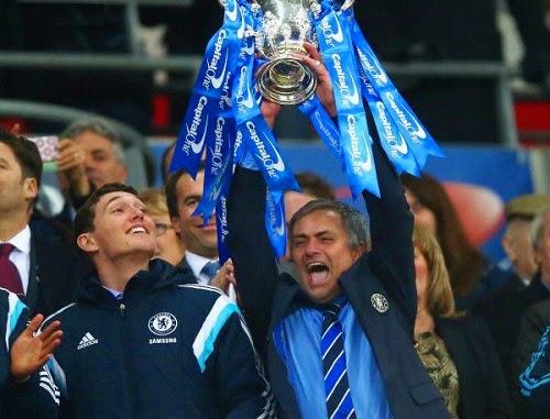 Челси с първи трофей за сезона - вдигна Купата на лигата