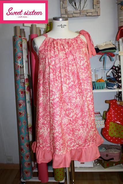 Vestido de verano por encargo en Sweet sixteen craft store