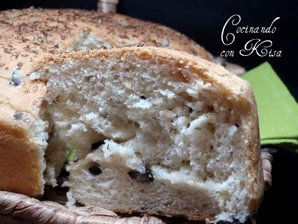 Cocinando con kisa pan griego de aceitunas negras y queso for Pane con kitchenaid