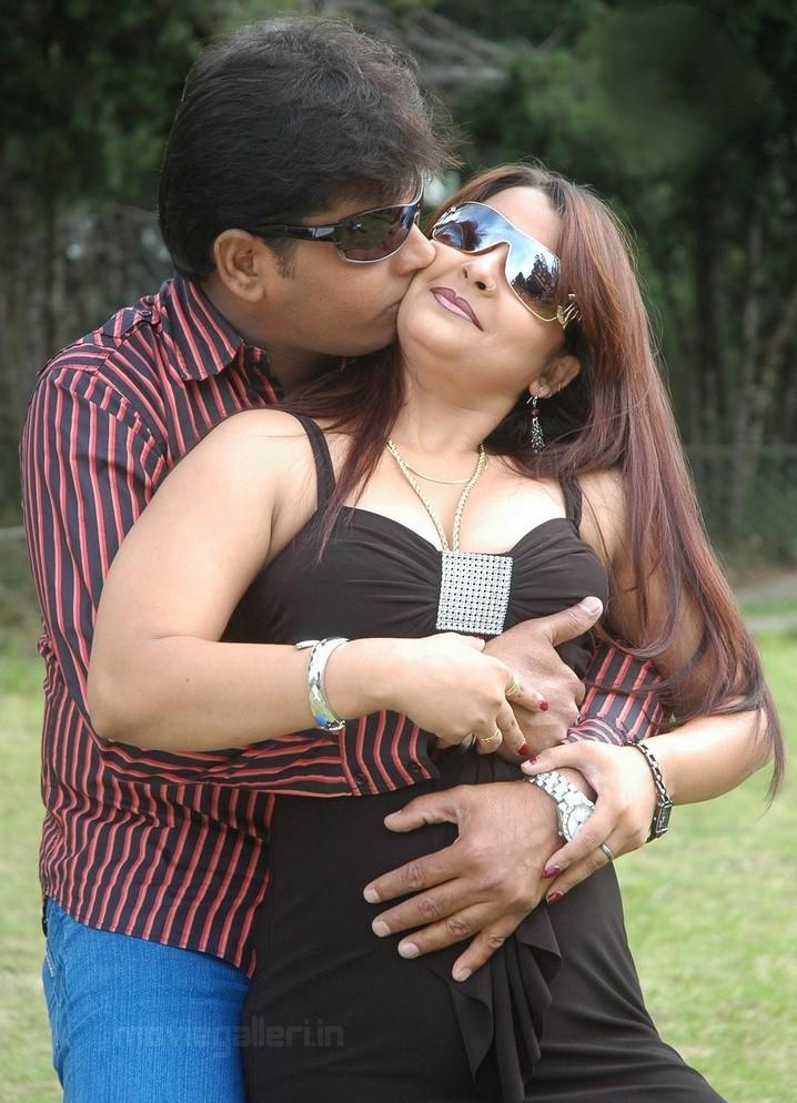 New Tamil Movie Hot
