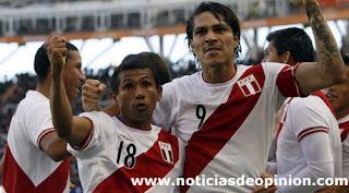Perú tercera. Venció a Venezuela 4-1 (vídeo). Rincón (Venezuela) fue expulsado