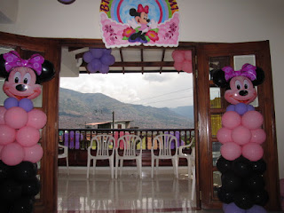 DECORACION GLOBOS MINNIE MOUSE MEDELLIN
