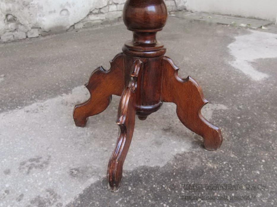 Neorokoko galds