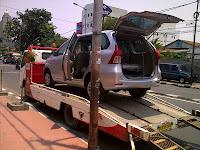 Pengiriman Avanza B 1850 SRF Padang Via truk Towing