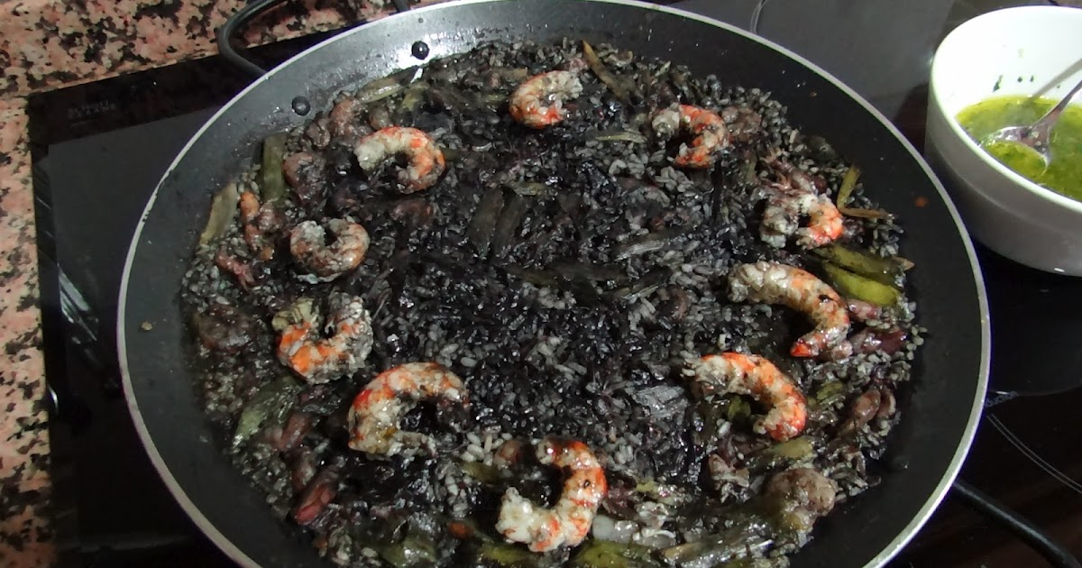 La maison du chef paco arroz negro de chipirones gambas for Clases cocina valencia