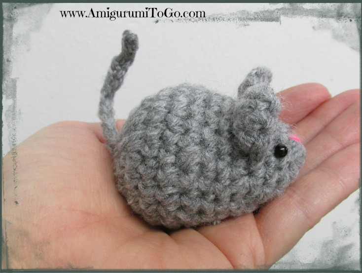 Amigurumi Patterns Free Mouse : Amigurumi Mouse Free Pattern and Video ~ Amigurumi To Go