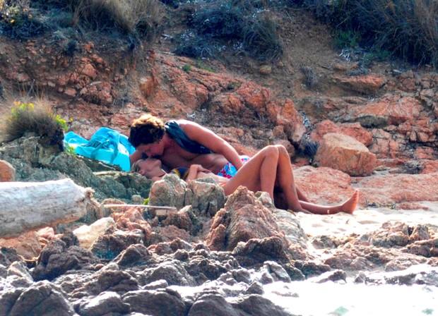 Heidi Klum Exchange warm fuzzies with boyfriend 13 years younger
