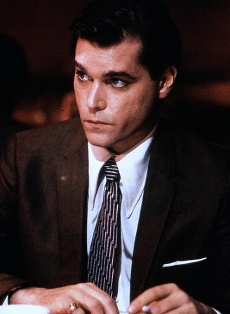 godfather goodfellas comparison essay Is goodfellas the perfect gangster film martin scorsese's thriller was released 25 years ago for many, it remains the greatest depiction of mobster life on screen, writes tom brook.
