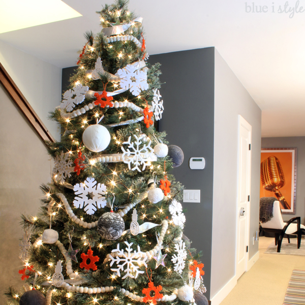 baby friendly Christmas tree decor