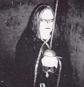 Euronymous a punto de ir a por pan