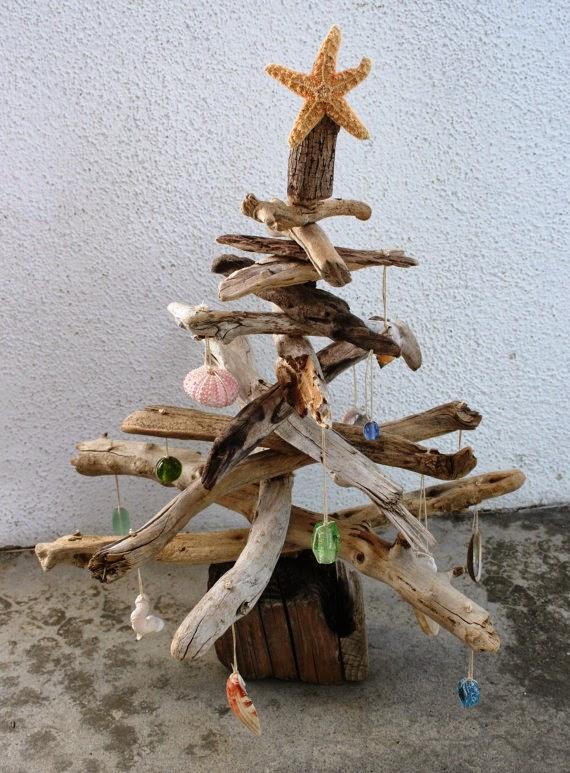 Arboles de Navidad con Madera a la Deriva, I Parte