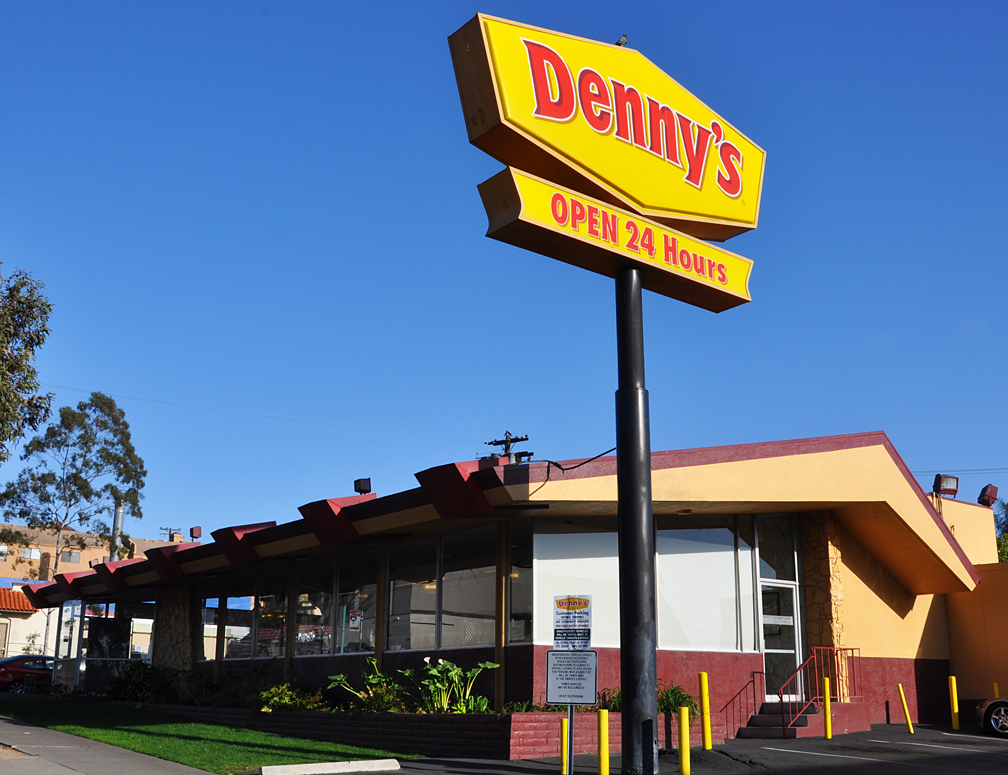 fifties land dennys restaurant boomerang architecture