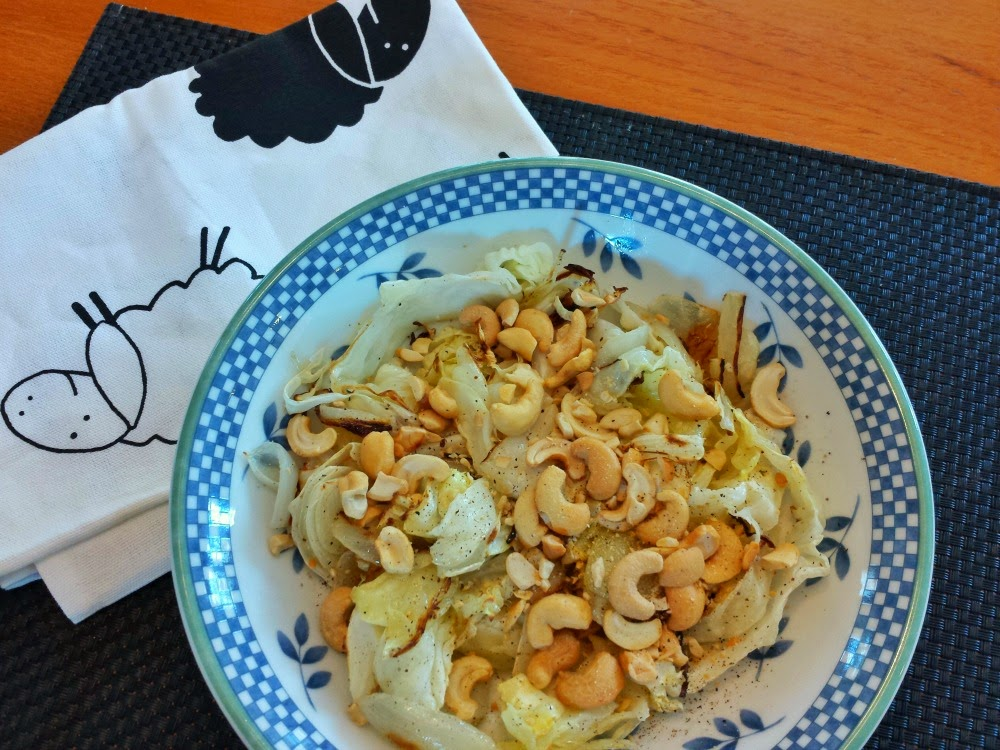 Roasted cabbage with cashews: Cooking with Fresh Produce