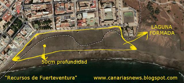 vista aérea de la laguna formada en la playa de Gran Tarajal