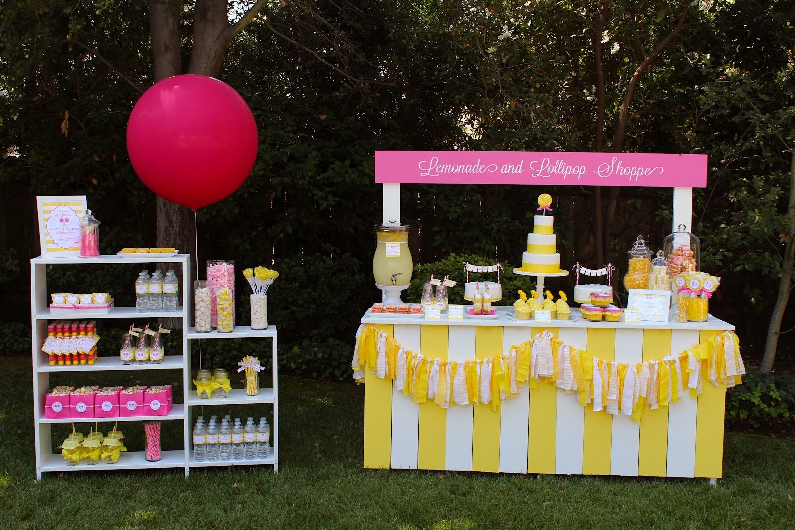 Lollipops and lemonade bloom designs for Stand ideas