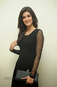 Kriti Sanon Photos at 1 Nenokkadine Audio Release-thumbnail-17
